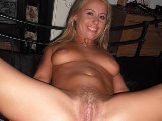 Her hairy pussy homemade amateur photos and videos